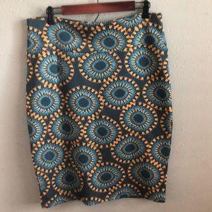 LuLaRoe flowered pencil skirt. Size XL.